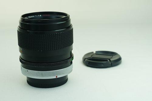 Canon 85mm f1.8 S.S.C.  รูปขนาดปก ลำดับที่ 6 Canon 85mm f1.8 S.S.C.