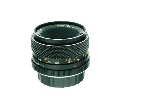 Yashica DSB 50mm f1.9  รูปขนาดปก ลำดับที่ 5 Yashica DSB 50mm f1.9