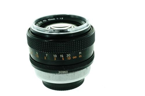 Canon FD 55mm f1.2  รูปขนาดปก ลำดับที่ 4 Canon FD 55mm f1.2