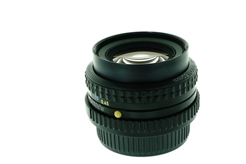 Pentax-A 50mm f1.7  รูปขนาดปก ลำดับที่ 6 Pentax-A 50mm f1.7