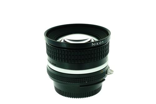 Nikon 20mm f2.8  รูปขนาดปก ลำดับที่ 4 Nikon 20mm f2.8