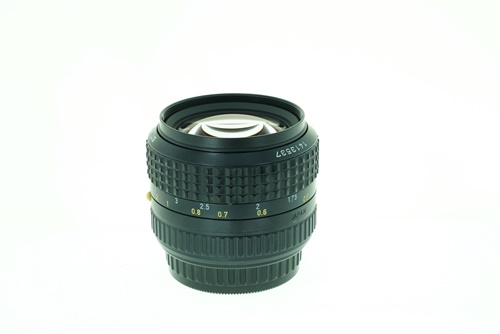 Pentax-A 55mm f1.2  รูปขนาดปก ลำดับที่ 4 Pentax-A 55mm f1.2