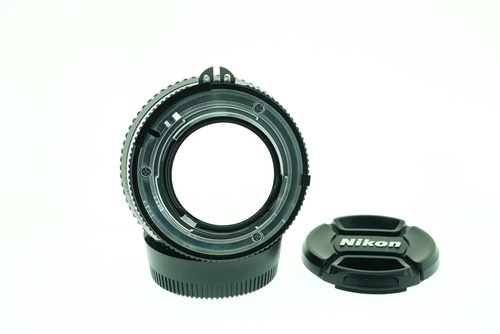 Nikon 50mm f1.2  รูปขนาดปก ลำดับที่ 7 Nikon 50mm f1.2