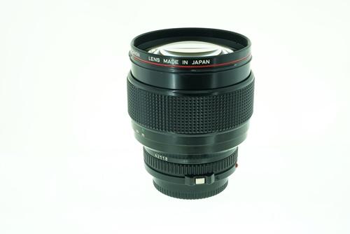 Canon 85mm f1.2L  รูปขนาดปก ลำดับที่ 5 Canon 85mm f1.2L