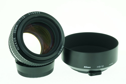 Nikon 50mm f1.2  รูปขนาดปก ลำดับที่ 1 Nikon 50mm f1.2