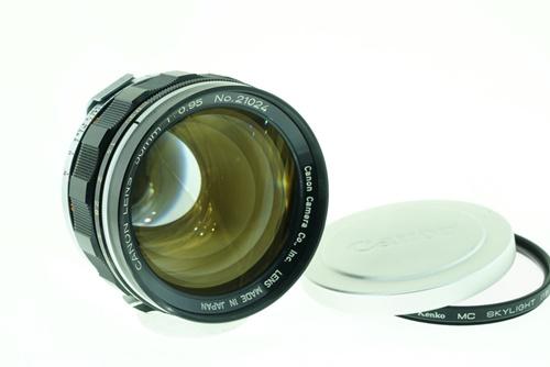 Canon  50mm f0.95 Dream Lens  รูปขนาดปก ลำดับที่ 1 Canon  50mm f0.95 Dream Lend