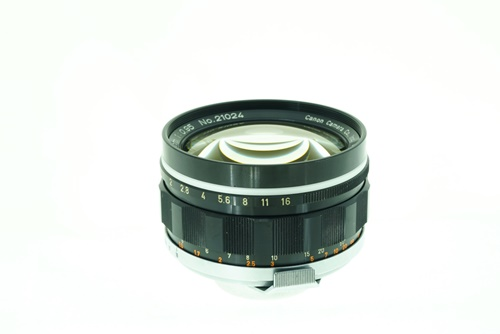 Canon  50mm f0.95 Dream Lens  รูปขนาดปก ลำดับที่ 3 Canon  50mm f0.95 Dream Lend