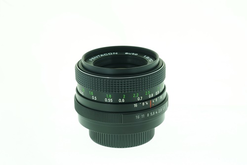 Pentacon 50mm f1.8  รูปขนาดปก ลำดับที่ 6 Pentacon 50mm f1.8