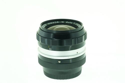 Nikon 24mm f2.8  รูปขนาดปก ลำดับที่ 4 Nikon 24mm f2.8