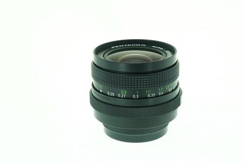 Pentacon 29mm f2.8  รูปขนาดปก ลำดับที่ 4 Pentacon 29mm f2.8