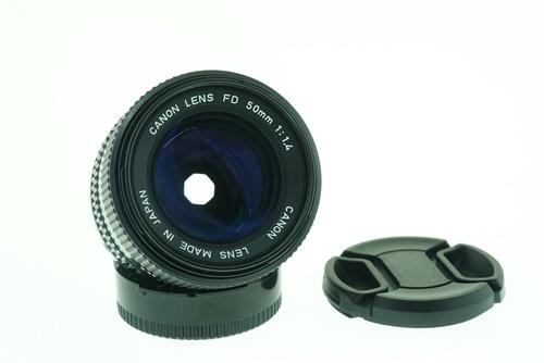 Canon 50mm f1.4  รูปขนาดปก ลำดับที่ 1 Canon 50mm f1.4