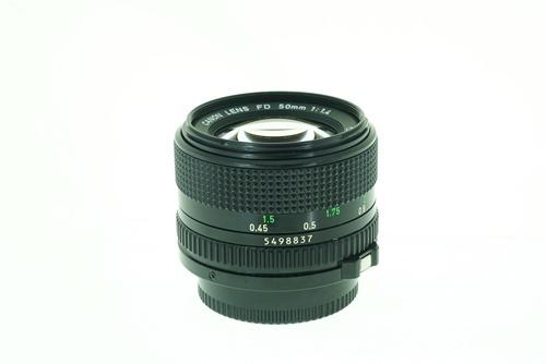 Canon 50mm f1.4  รูปขนาดปก ลำดับที่ 5 Canon 50mm f1.4