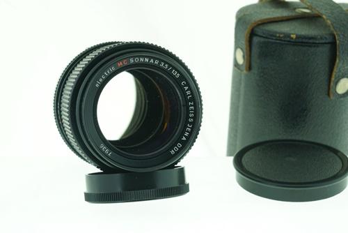 Carl Zeiss Sonnar 135mm f3.5  รูปขนาดปก ลำดับที่ 1 Carl Zeiss Sonnar 135mm f3.5