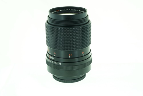 Carl Zeiss Sonnar 135mm f3.5  รูปขนาดปก ลำดับที่ 3 Carl Zeiss Sonnar 135mm f3.5