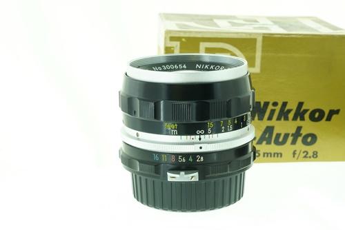Nikon 35mm f2.8  รูปขนาดปก ลำดับที่ 3 Nikon 35mm f2.8