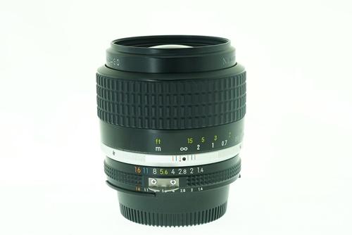 Nikon 35mm f1.4  รูปขนาดปก ลำดับที่ 2 Nikon 35mm f1.4