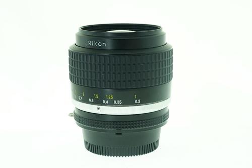 Nikon 35mm f1.4  รูปขนาดปก ลำดับที่ 4 Nikon 35mm f1.4