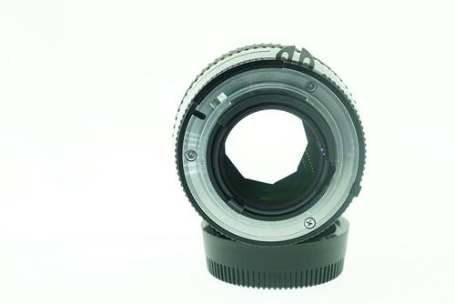 Nikon 35mm f1.4  รูปขนาดปก ลำดับที่ 7 Nikon 35mm f1.4