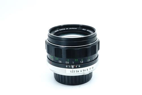 Minolta Rokkor-PF 58mm f1.4  รูปขนาดปก ลำดับที่ 2 Minolta Rokkor-PF 58mm f1.4