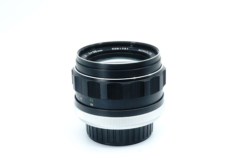 Minolta Rokkor-PF 58mm f1.4  รูปขนาดปก ลำดับที่ 4 Minolta Rokkor-PF 58mm f1.4