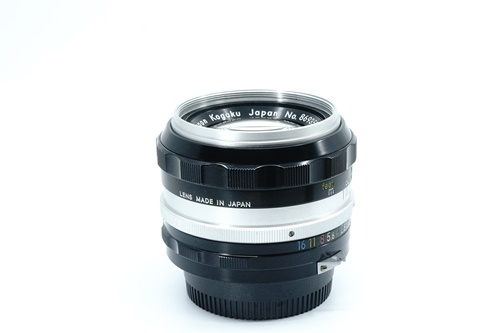 Nikon 50mm f1.4 มะเฟือง  รูปขนาดปก ลำดับที่ 6 Nikon 50mm f1.4 มะเฟือง