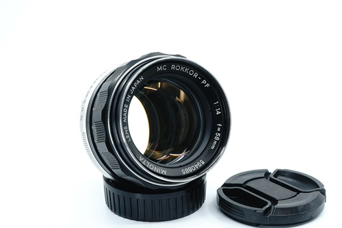 Minolta Rokkor-PF 58mm f1.4  รูปขนาดปก ลำดับที่ 1 Minolta Rokkor-PF 58mm f1.4