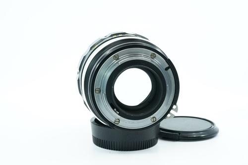 Nikon 85mm f1.8 (มะเฟือง)  รูปขนาดปก ลำดับที่ 7 Nikon 85mm f1.8 (มะเฟือง)