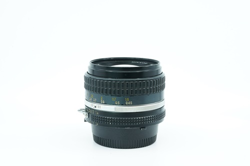 Nikon 50mm f1.4  รูปขนาดปก ลำดับที่ 3 Nikon 50mm f1.4